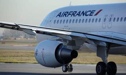 Air France lâche du lest à ses pilotes, pas aux hôtesses et aux stewards